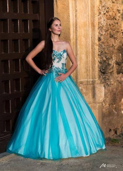 a54b131c7a3 Dlouhé šaty - TARA - Plesové šaty AKCE