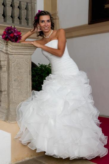 a476b9f62bb Svatební šaty - KARINA - Plesové šaty AKCE