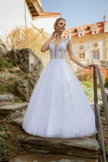 f1552194bbf Svatební šaty - MAGIC - Plesové šaty AKCE