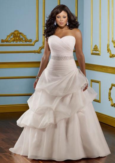 74a4848105e COURTNEY - Plesové šaty AKCE