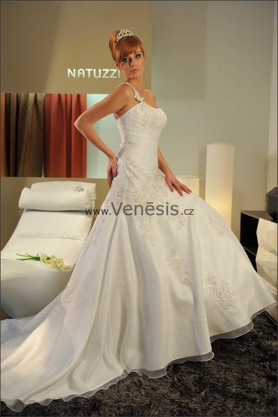 b4780ef43d8 Svatební šaty Sposa Toscana ve VENESIS